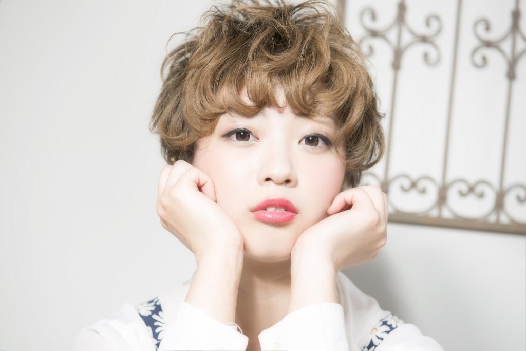 口コミで人気の自由が丘の美容室(ヘアアロン,美容院)keep hair designが提案するマッシュショートアッシュベージュハイトーンスタイル