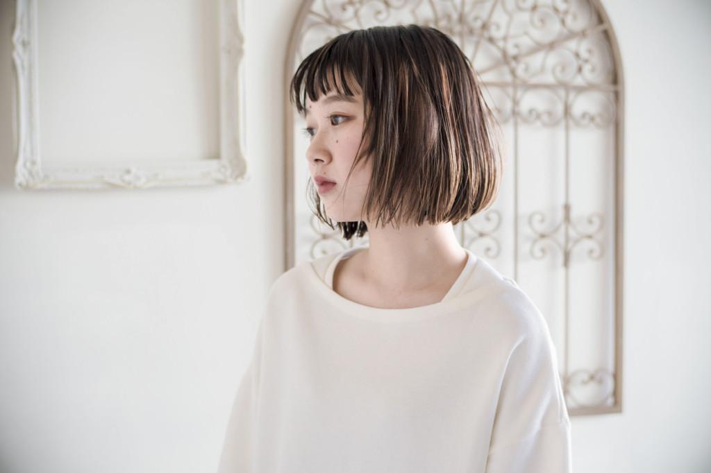 口コミで人気の自由が丘の美容室(ヘアアロン,美容院)keep hair designが提案するウェットな質感のアッシュ系カラーボブスタイル
