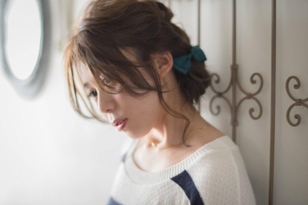 口コミで人気の自由が丘の美容室(ヘアアロン,美容院)keep hair designが提案するグレージュカラーヘアアレンジ